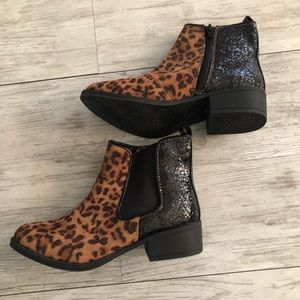 Stevies Leopard and glitter booties